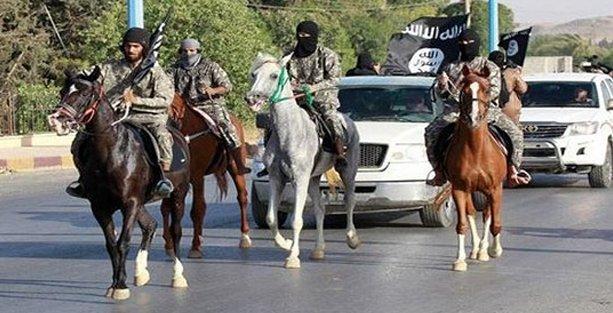 Musul'u IŞİD işgalinden kurtarmak için 10 bin asker eğitilecek