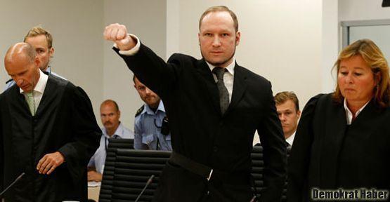 Norveçli faşist katile sadece 21 yıl