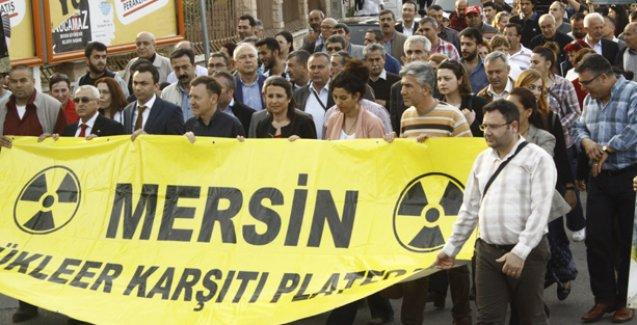 Nükleer Karşıtı Platform Çernobil'de hayatını kaybedenler için yürüdü