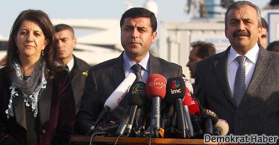 Öcalan: Tek can yitirilmeden çözmek istiyorum!