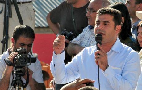 'Öcalan'ın özgürlüğü tartışmaya açılmalı'