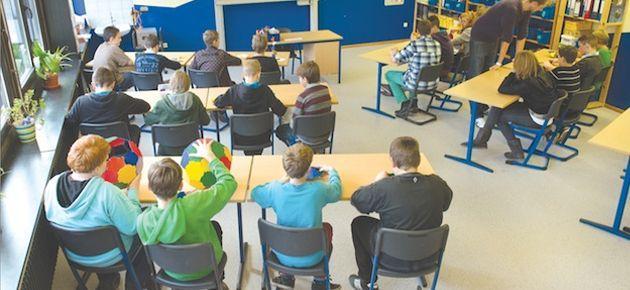Öğrencilerini karma oturtan öğretmene soruşturma