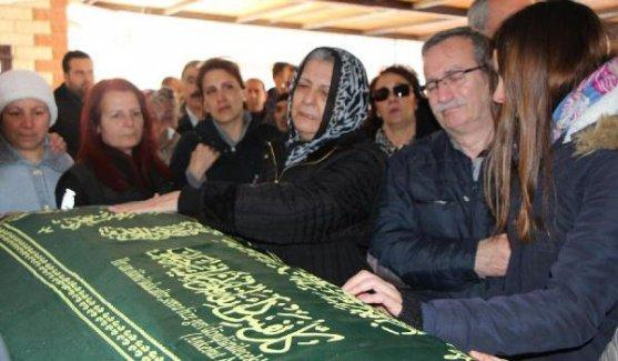 Öğretmen Halil Serkan Öz'ü binler uğurladı