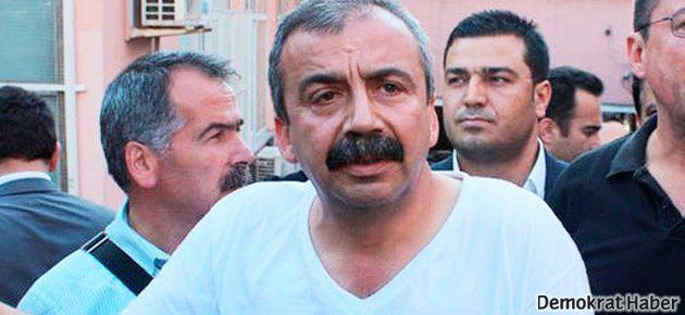 Önder: CHP ambulans arkasında giden fırsatçı taksi gibi