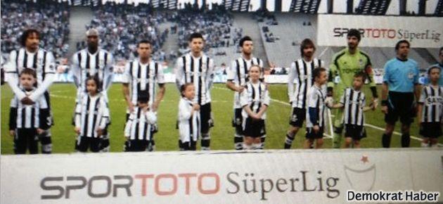 Otizmli çocuklar Beşiktaş maçında sahada