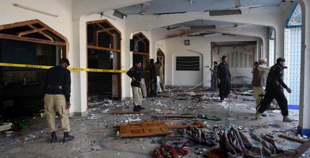 Pakistan'da bir Şii camisine saldırı: En az 24 ölü