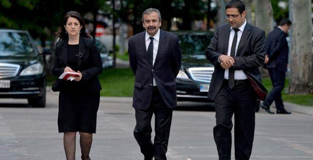 PKK: Üç kişilik HDP heyetinin İmralı'ya gidip gelmesi artık yeterli değil