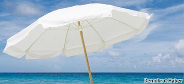 Plaj şemsiyesi keyfinizin kaçmasını önler