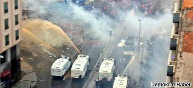 Cenazeden dönenlere polis saldırısı