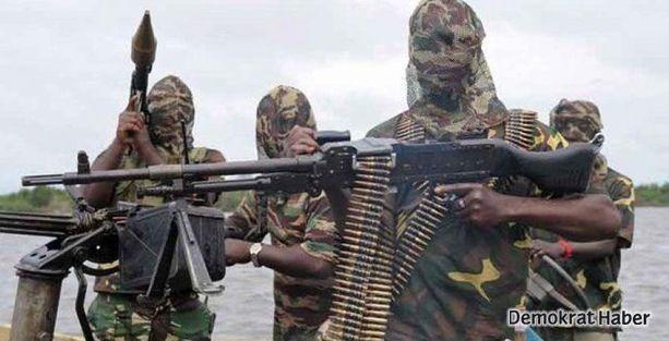 Radikal İslamcılar 200'den fazla kişiyi öldürdü