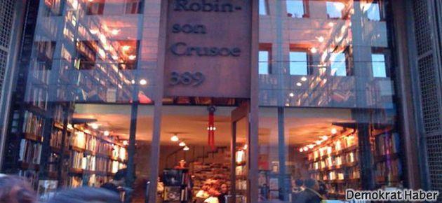 Robinson Crusoe direnmek için destek bekliyor