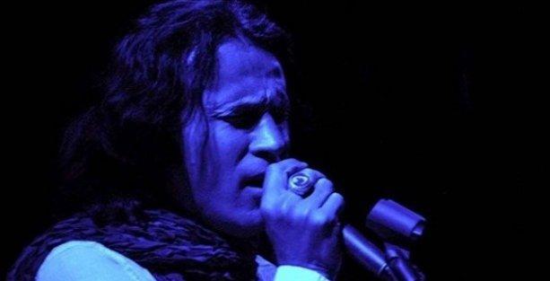 'Rockçı imam' New York'ta konser verdi