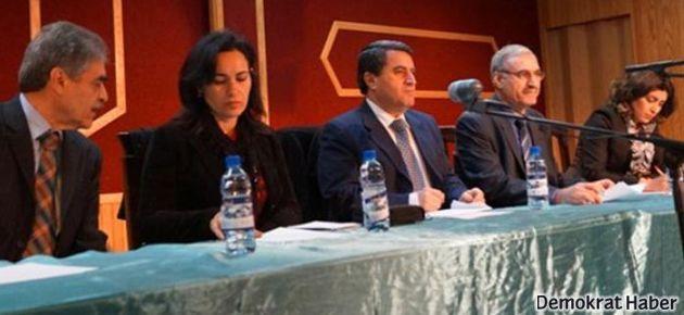 Rojava'da üç kanton ve üç resmi dil kararı