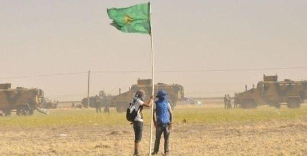 Rojava'nın Kobani kantonuna yürüyenlere asker ve polis saldırısı