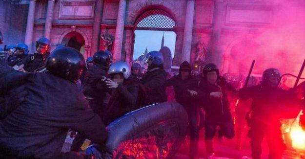 Roma'da göçmen karşıtları ve anti-faşistler meydanlarda