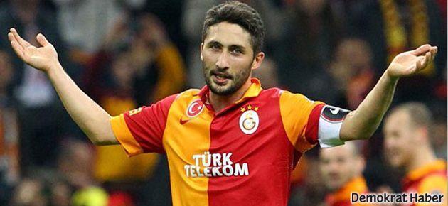 Sabri, ceza sahası dışından kalesine gol atıyordu