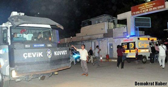 Şanlıurfa Cezaevi'nde yine isyan, yine yangın