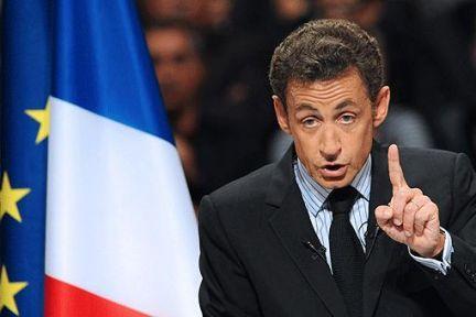 Sarkozy: Artık iki Avrupa olduğu aşikar