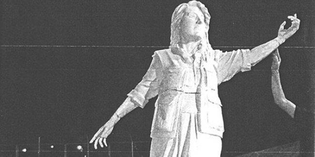 Savcı, 'Bu heykel mekaplı' dedi, sanatçıyı PKK'li ilan edip dava açtı
