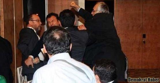Sedat Simavi ödüllerinde Orhan Pamuk kavgası