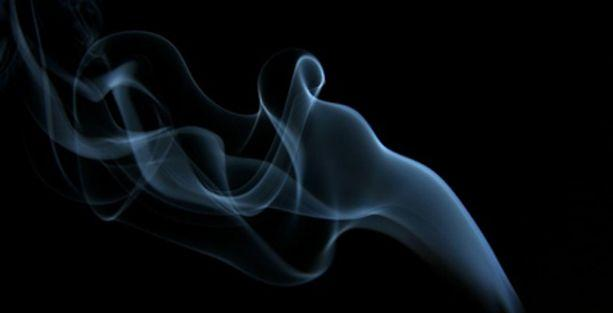 Sigara fiyatını indiren firma piyasayı karıştırdı