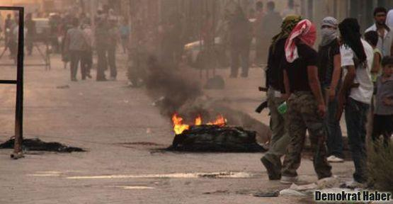 'Silahlı gruplar Batı Kürdistan'a tanklarla girdi'