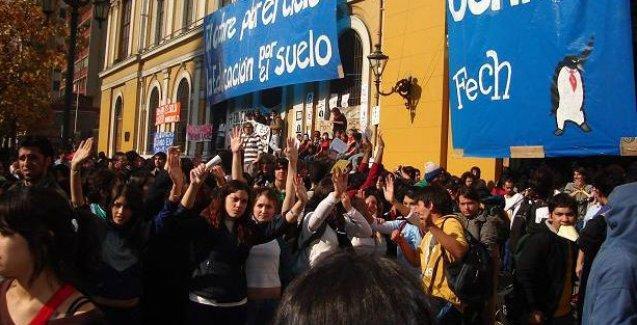 Şili'de parasız eğitim mücadelesi kazandı