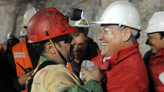 Şilili madencilerden Soma'ya destek