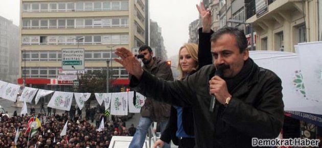 Sırrı Süreyya: İlk bomba bize atılmadan halkımızın kılına zarar getirtmeyiz!