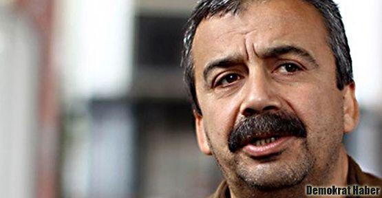Sırrı Süreyya: Kürtler kardeşlik kapağını kapattı