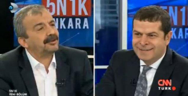Sırrı Süreyya Önder: 'Saray düştü, düştü!'