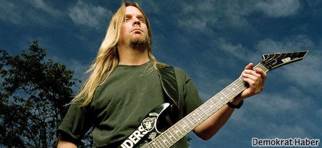 Slayer'in efsane gitaristi hayatını kaybetti