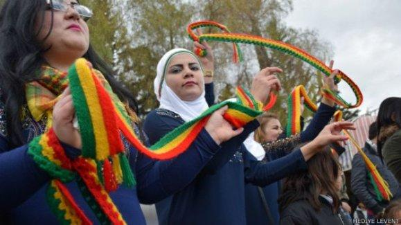 Suriye'nin başkenti Şam'da 'tarihi' Newroz kutlaması