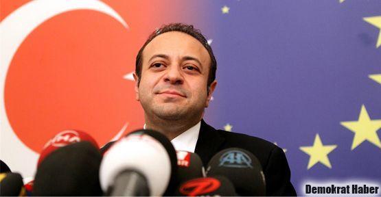Süryaniler: Egemen Bağış inkar ve edepsizlik Bakanı!