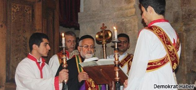 Süryaniler Paskalya Bayramı'nı kutladı