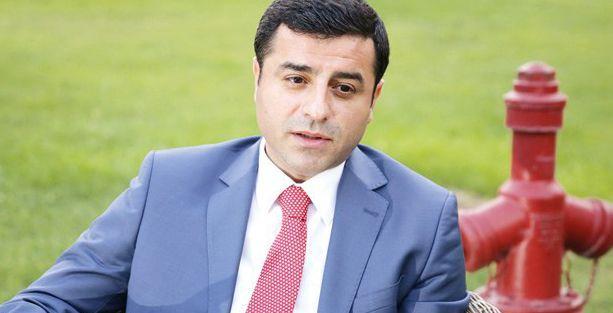 Süryaniler'den Selahattin Demirtaş'a destek