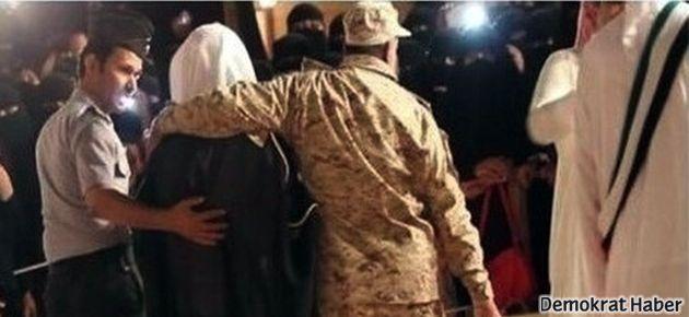 Suudi din polisi yakışıklı erkekleri festivalden kovdu