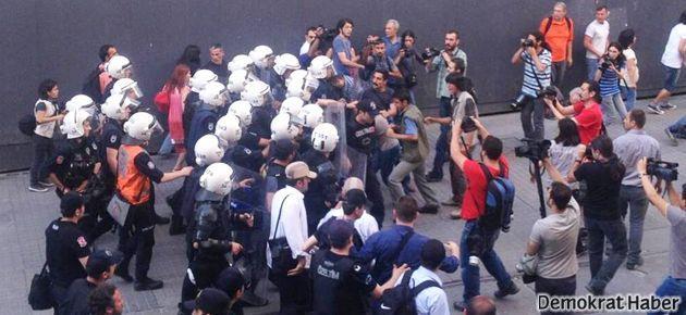 Taksim yasağına karşı yürüyüşe de gaz bombası