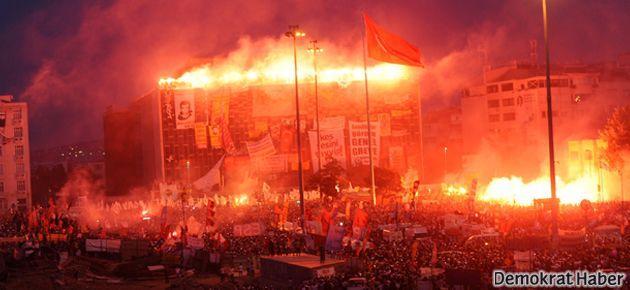 Taksim'deki direnişe 12. günde de geniş katılım