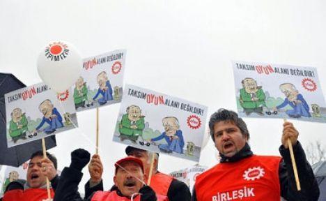 Taksim'i yayalaştırma projesine protesto