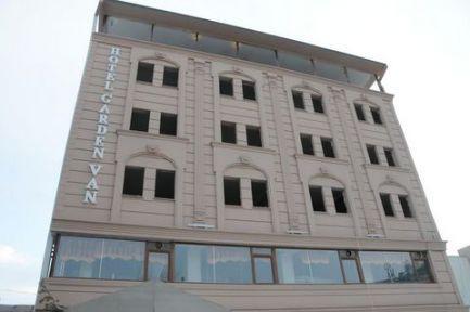 Tartışmalı 'Vartan' otel yıkılıyor!