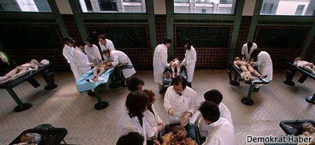 Tıp öğrencilerine 'ölüm dersi'