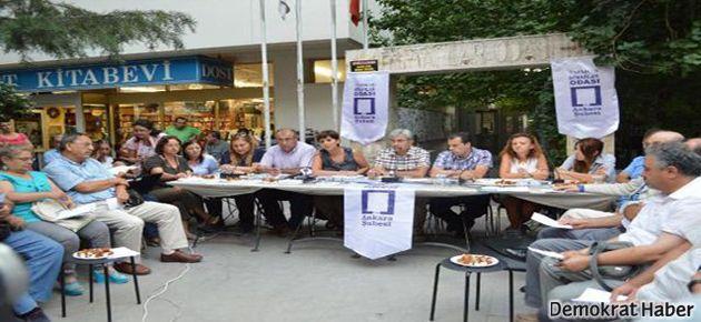 TMMOB yasadışı dinlemeleri sokakta protesto etti