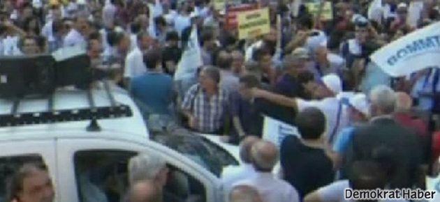 TMMOB'a polis barikatı