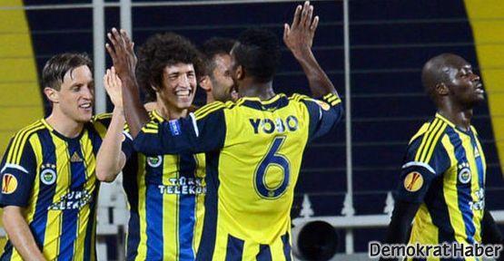 Tribünler boş Fenerbahçe dolu