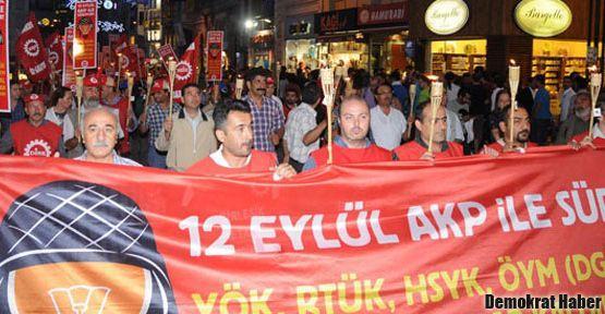 TRT önünde 12 Eylül protestosu