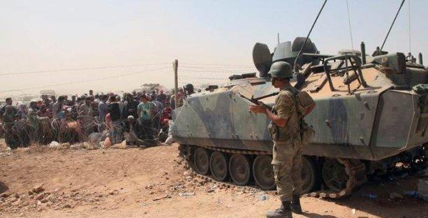TSK: Suriye tarafından sınıra yaklaşan grup askerlere ateş açtı