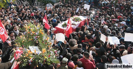 Tunus'taki suikast zanlıları gözaltında
