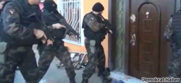 Türk polisi İngiliz basınında