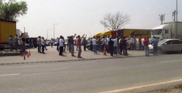 Türk Traktör işçileri, Ankara ve Sakarya'da üretimi durdurdu